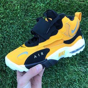 Nike Air Max Speed Turf Yellow